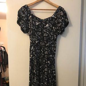 Short sleeve voo doo pattern dress